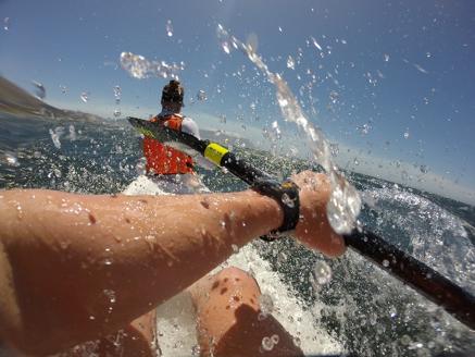 Der findes ener og toer surfski, dog er det ens for begge typer at surfing er i centrum for fremdrift.